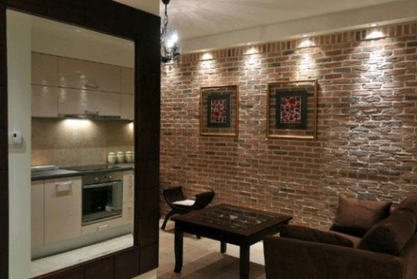 Кирпичная стена в квартире.
