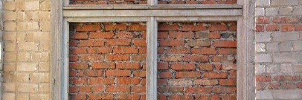 Как заложить окно кирпичом своими руками
