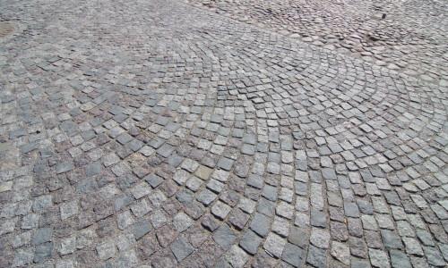 Тротуар из брусчатки
