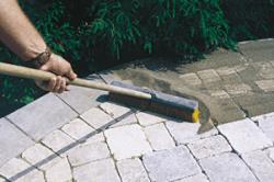 Заделка швов тротуарной плитки своими руками