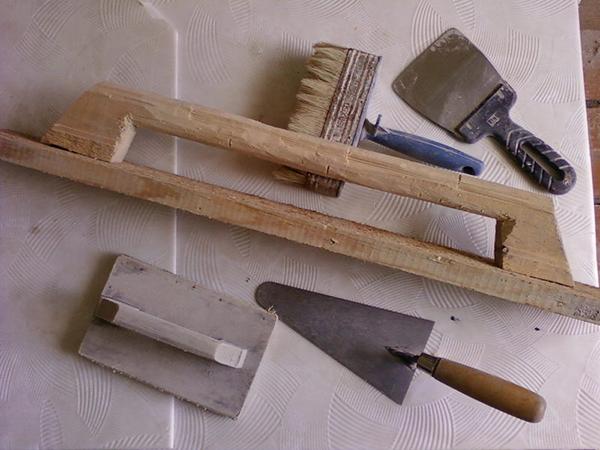 Инструменты для кладки камина из кирпича