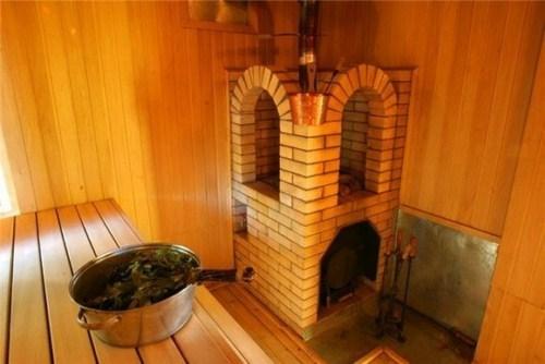 Банная печь, облицованная кирпичом