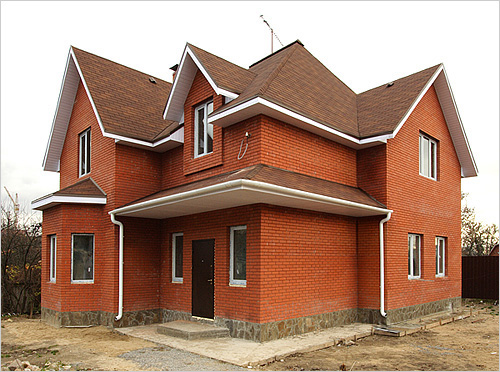 Kirpichnii dom