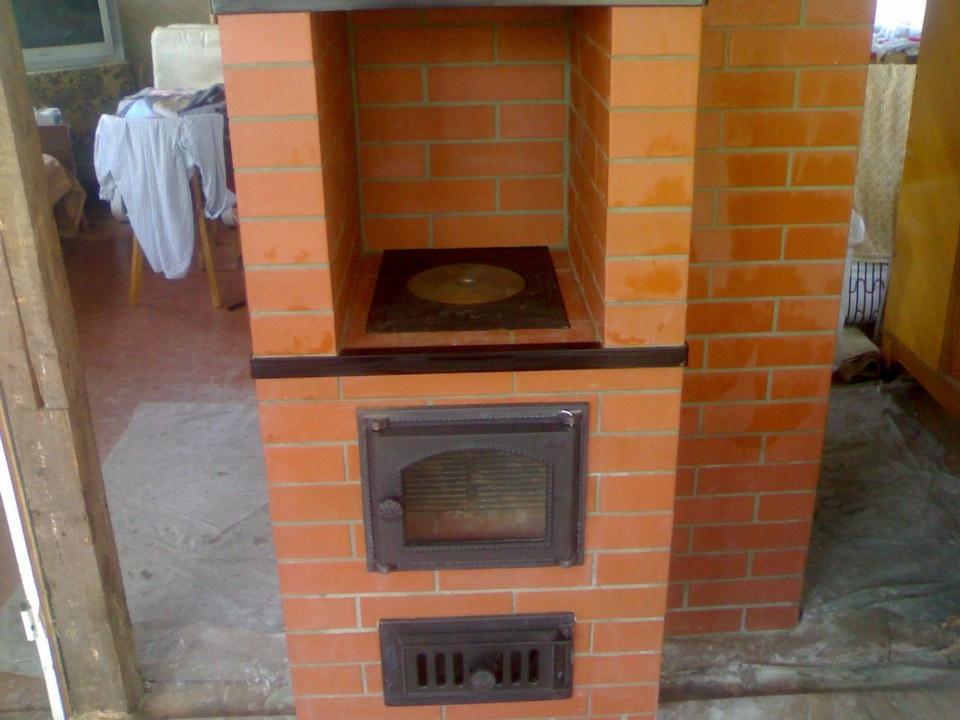 Кладка печь-плиты.