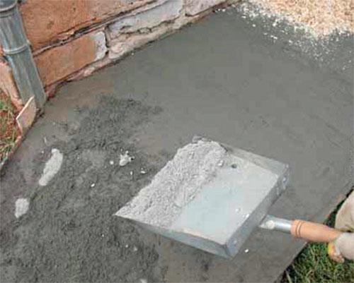 зажелезнить бетонную поверхность цементом