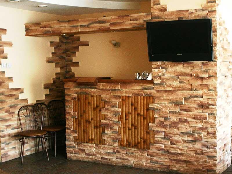 Декоративный кирпич для интерьера комнаты