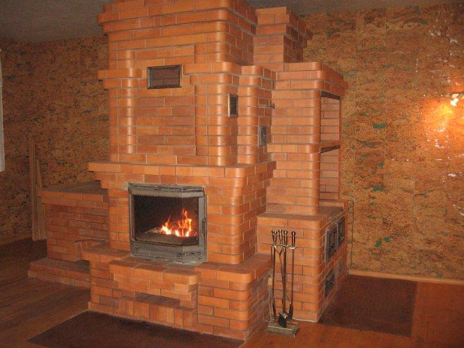 Отопительная печь - довольно сложная конструкция, которая требует соответствующего подхода строительству и эксплуатации.