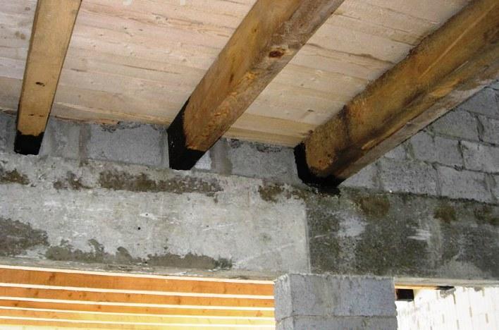 Опирание балки перекрытия на стену из кирпича